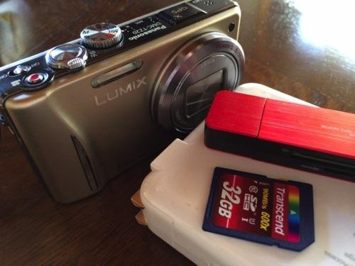カメラ、SDカード、無線LANルーター