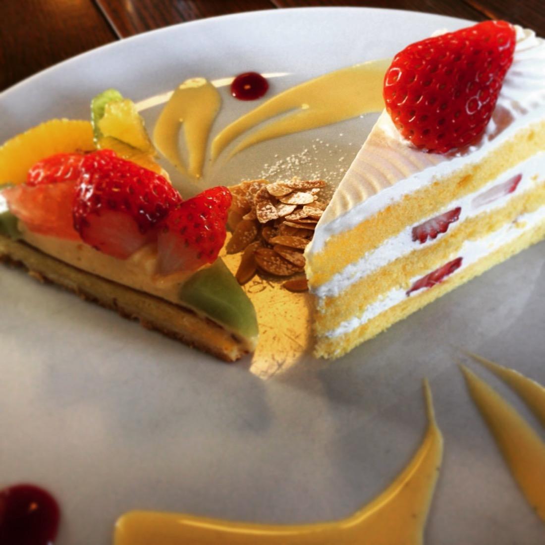 ケーキセットでケーキ2つ